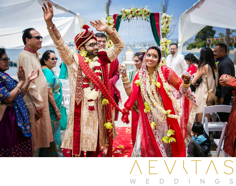 Couple celebrate at Indian beach wedding in San Diego