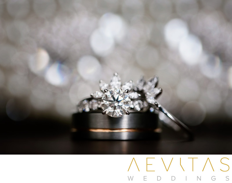 Wedding ring details photo by Cancun photographer