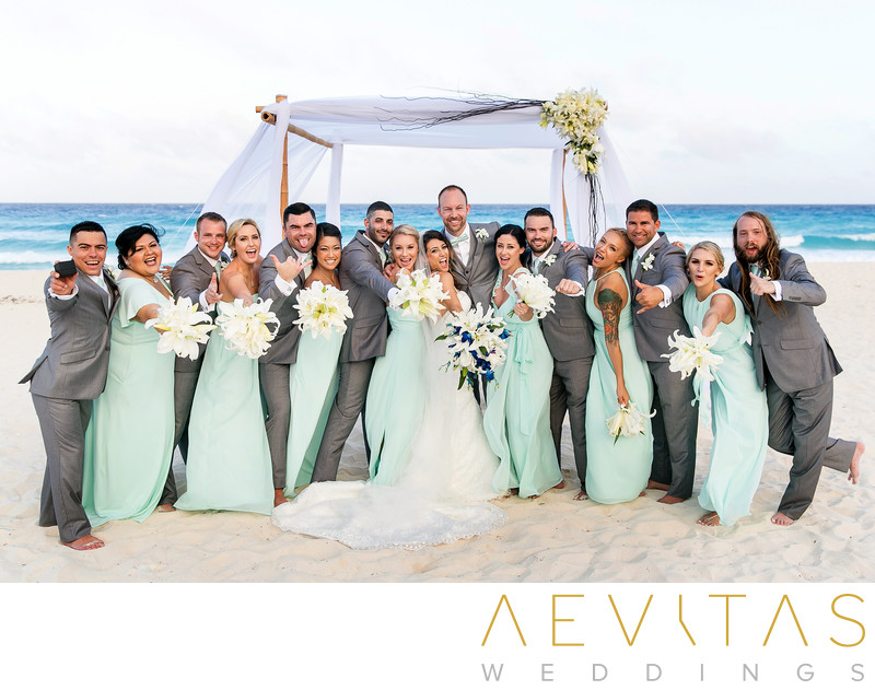 Beautiful bridal party portrait by Cancun photographer