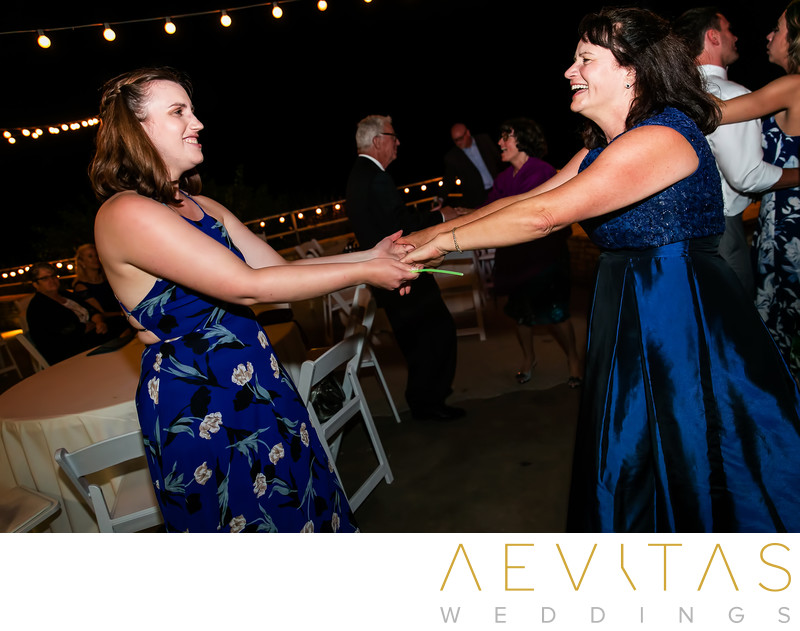 Mom and sister dancing at Rancho Palos Verdes wedding