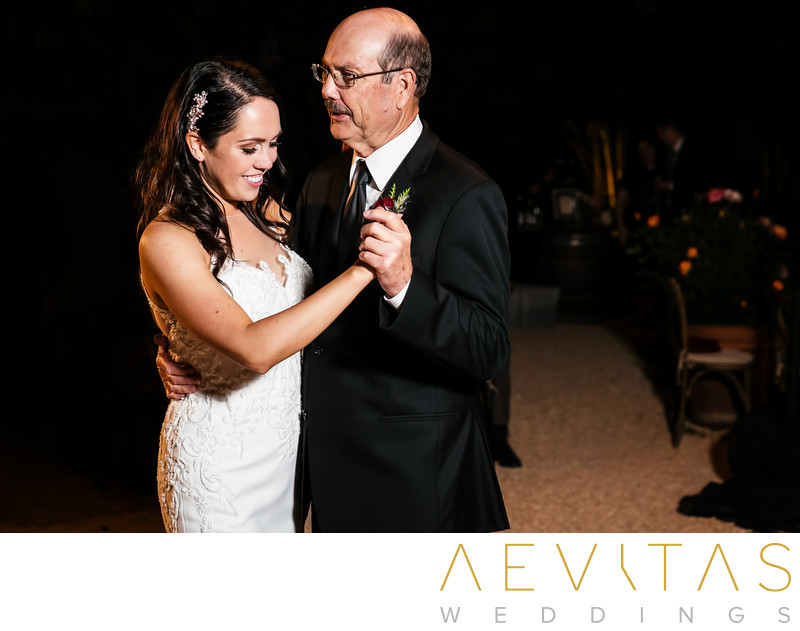 Father-daughter dance at Landmark Vineyards reception