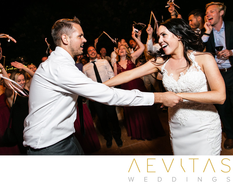 Couple dancing action shot at Landmark Vineyards