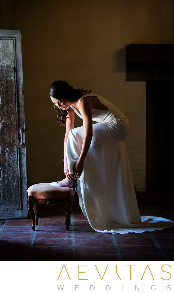 Bride getting ready at Santa Barbara Historical Museum