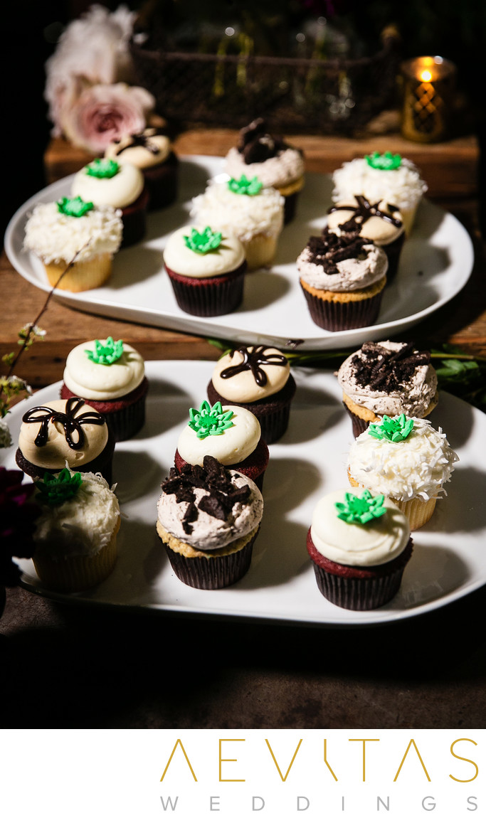 Mini cup cakes at SmogShoppe wedding reception