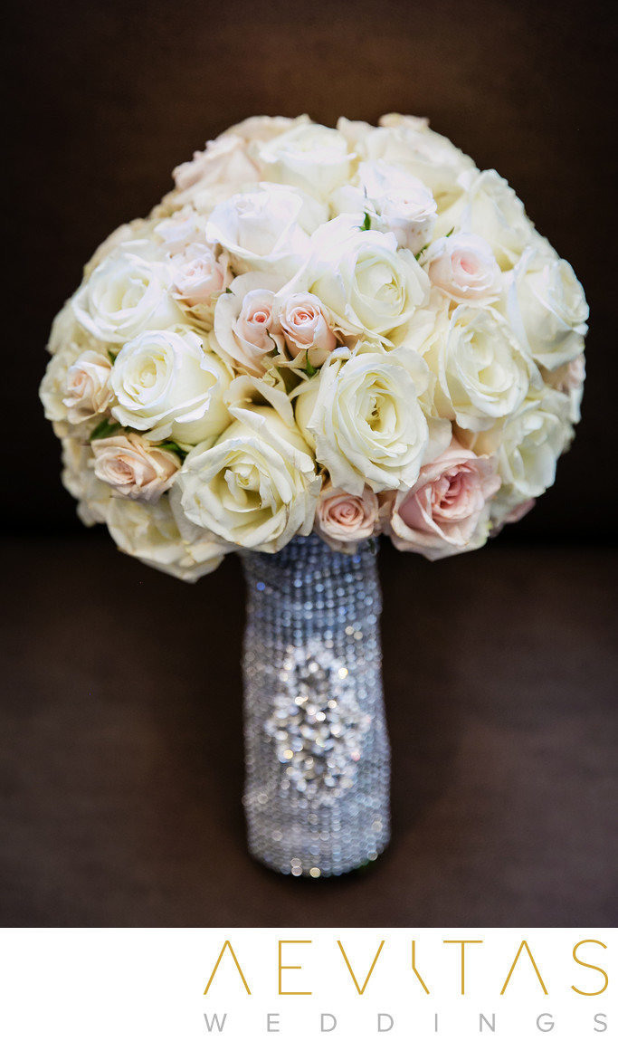 White and pink rose bouquet at Sacramento wedding