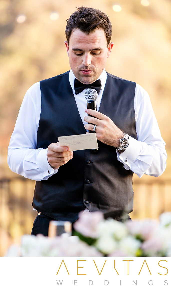 Groom making reception speech at Oak Glen wedding