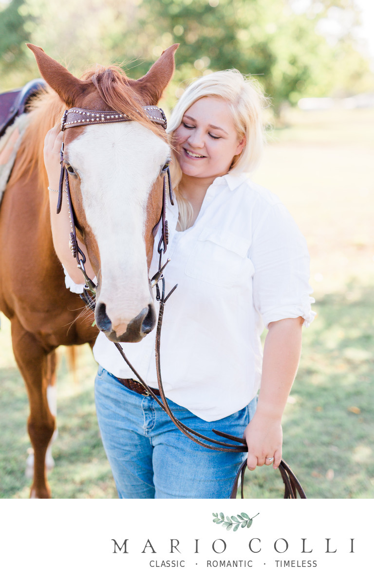 Country engagement shoot horse photos