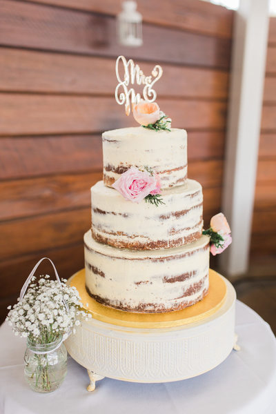 Naked wedding cake photo