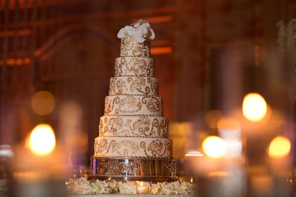 The Breakers Palm Beach Wedding   The Breakers Palm Beach Wedding Cake Ambrosio Photography