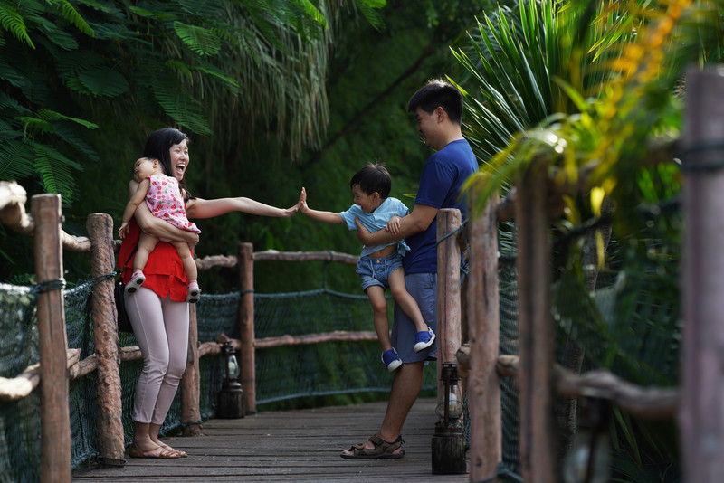 Bali Zoo Family Photography