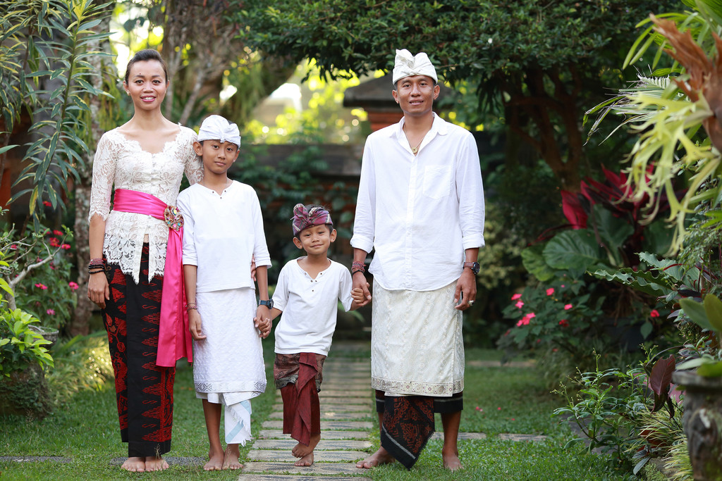 Balinese Family Photographer