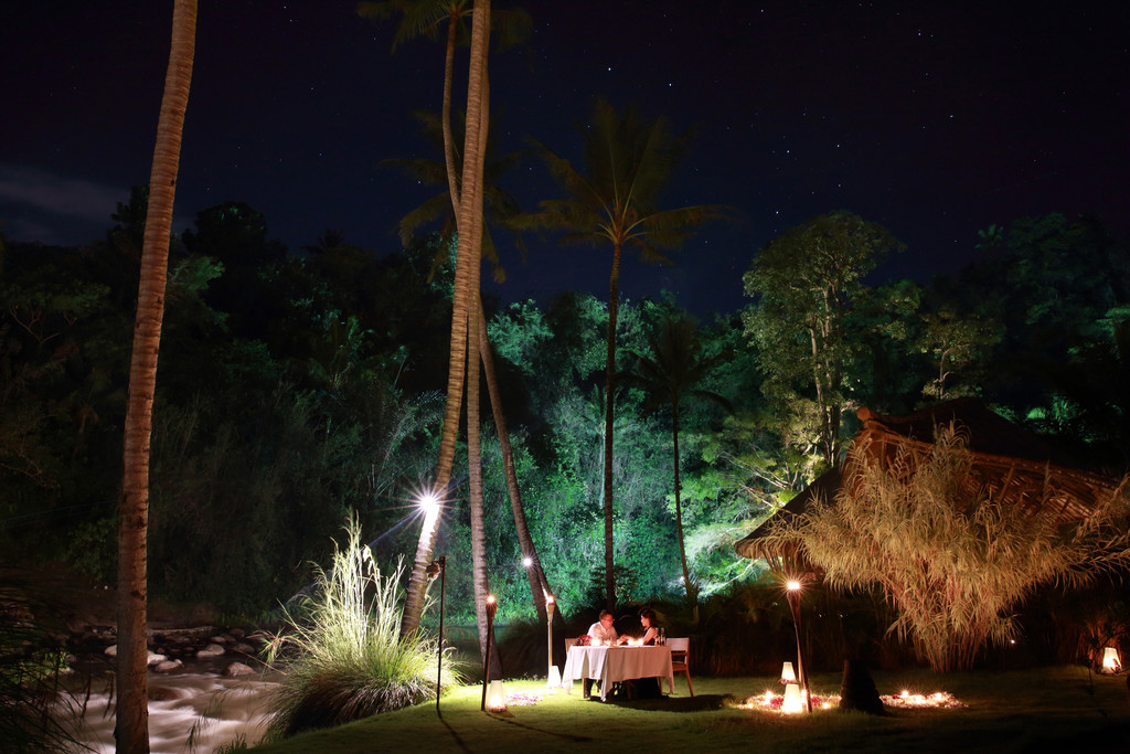 Dinner Anniversary Session at Mandapa Ubud