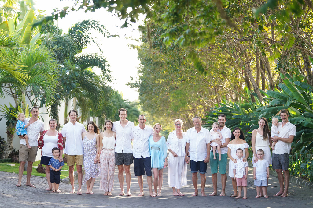 Huge Family Photography in Bali