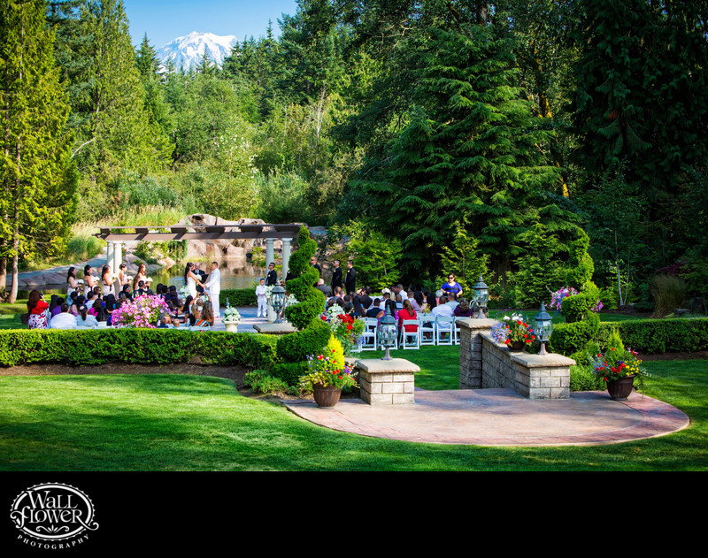 Rainier view over Rock Creek Gardens wedding ceremony
