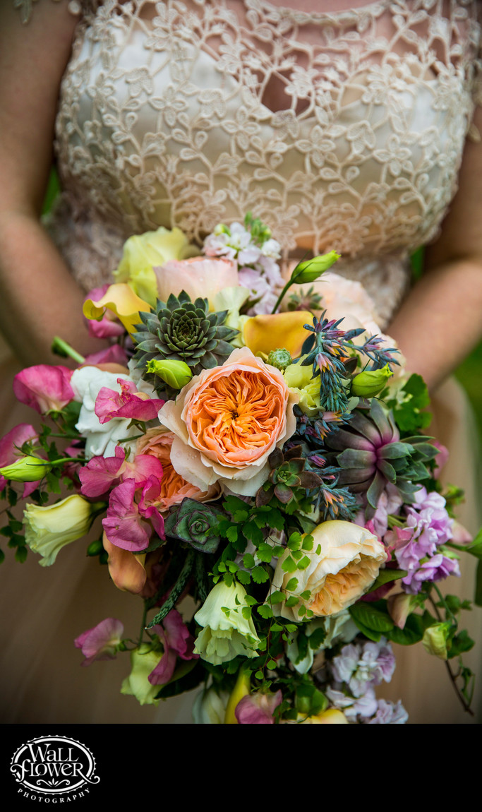Detail of bride's bouquet by Blitz Florist of Tacoma