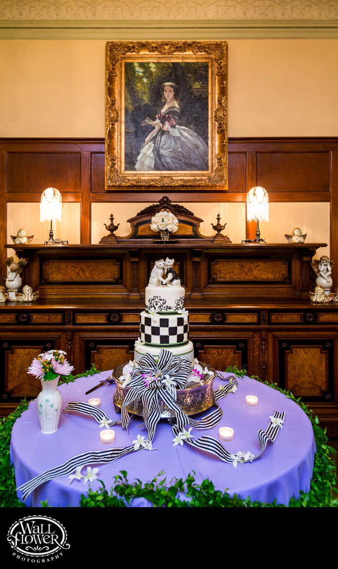 Detail of eclectic wedding cake at Thornewood Castle