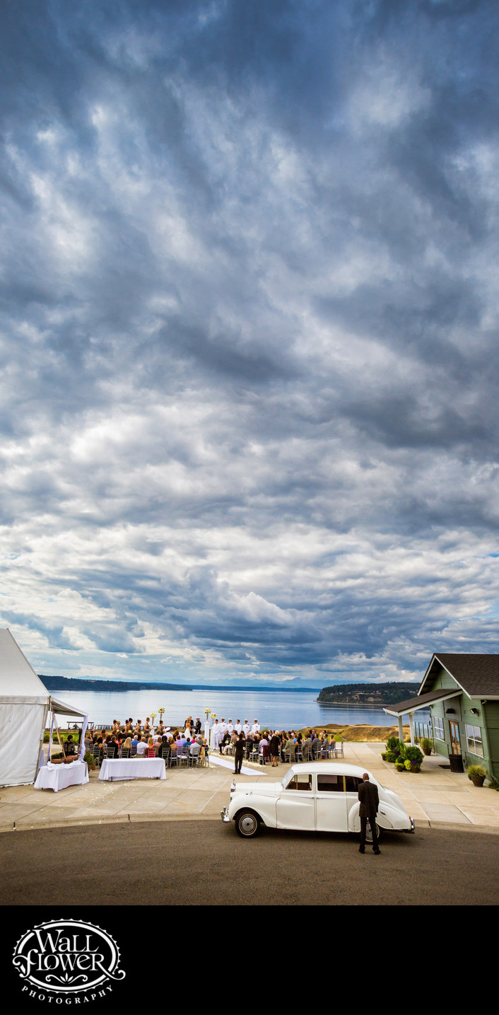 Cloudy Chambers Bay wedding ceremony — skinny crop