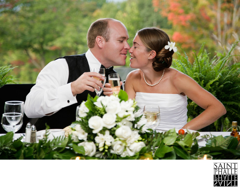 Mountain Top Inn Wedding Bride Groom Table Kiss