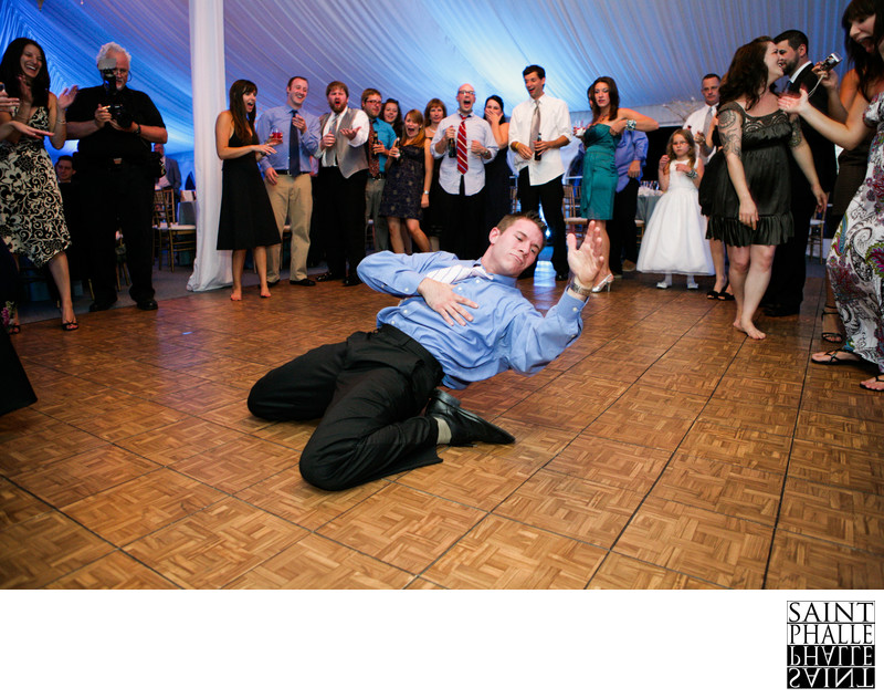 Castle Hill Resort Wedding Dancefloor Acrobatics