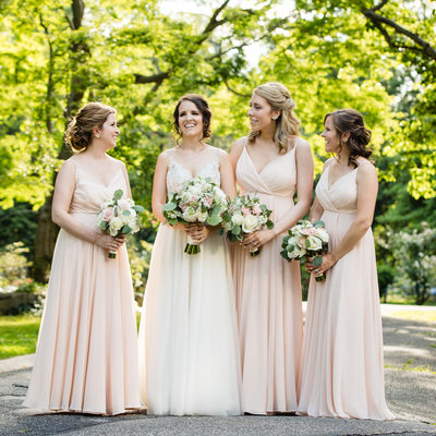 Bridemaids at Glen Foerd Mansion