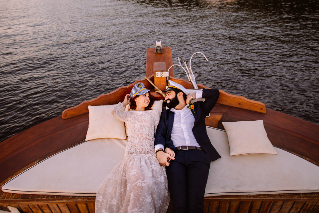 Wedding on a boat - Montreal wedding photographer