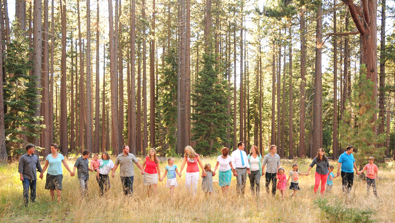 Large Group Family Photographer Sacramento