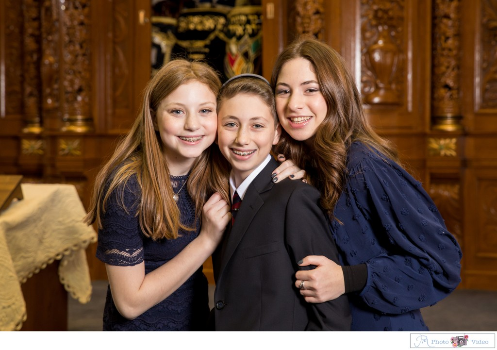 Temple of Israel of Great Neck Bar Mitzvah photographer