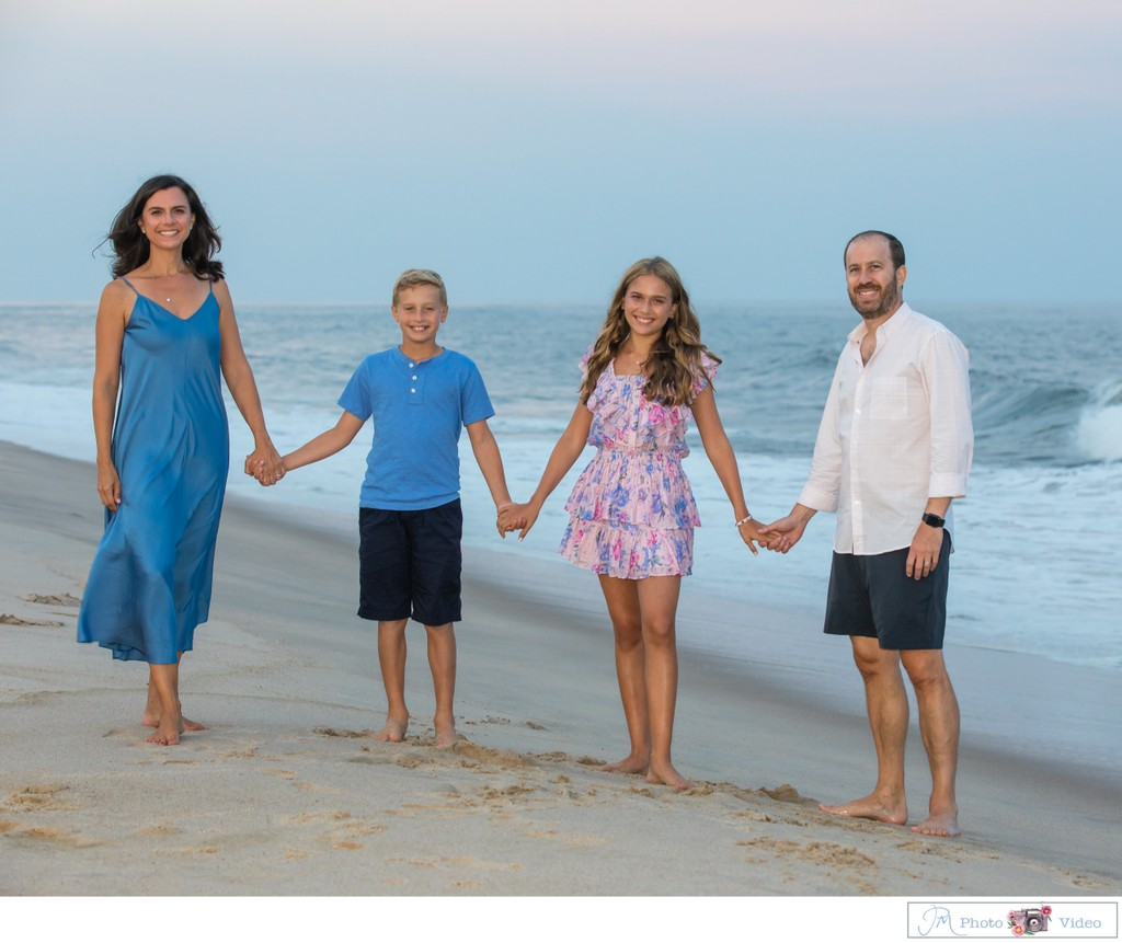 Hamptons family portrait photographer