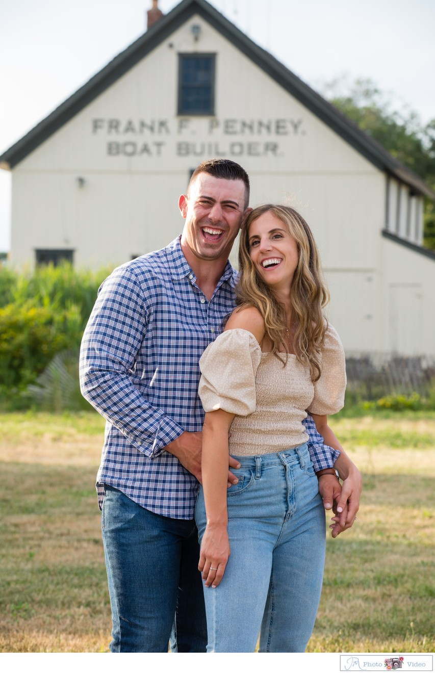 Mansion at West Sayville Engagement Photo Spots
