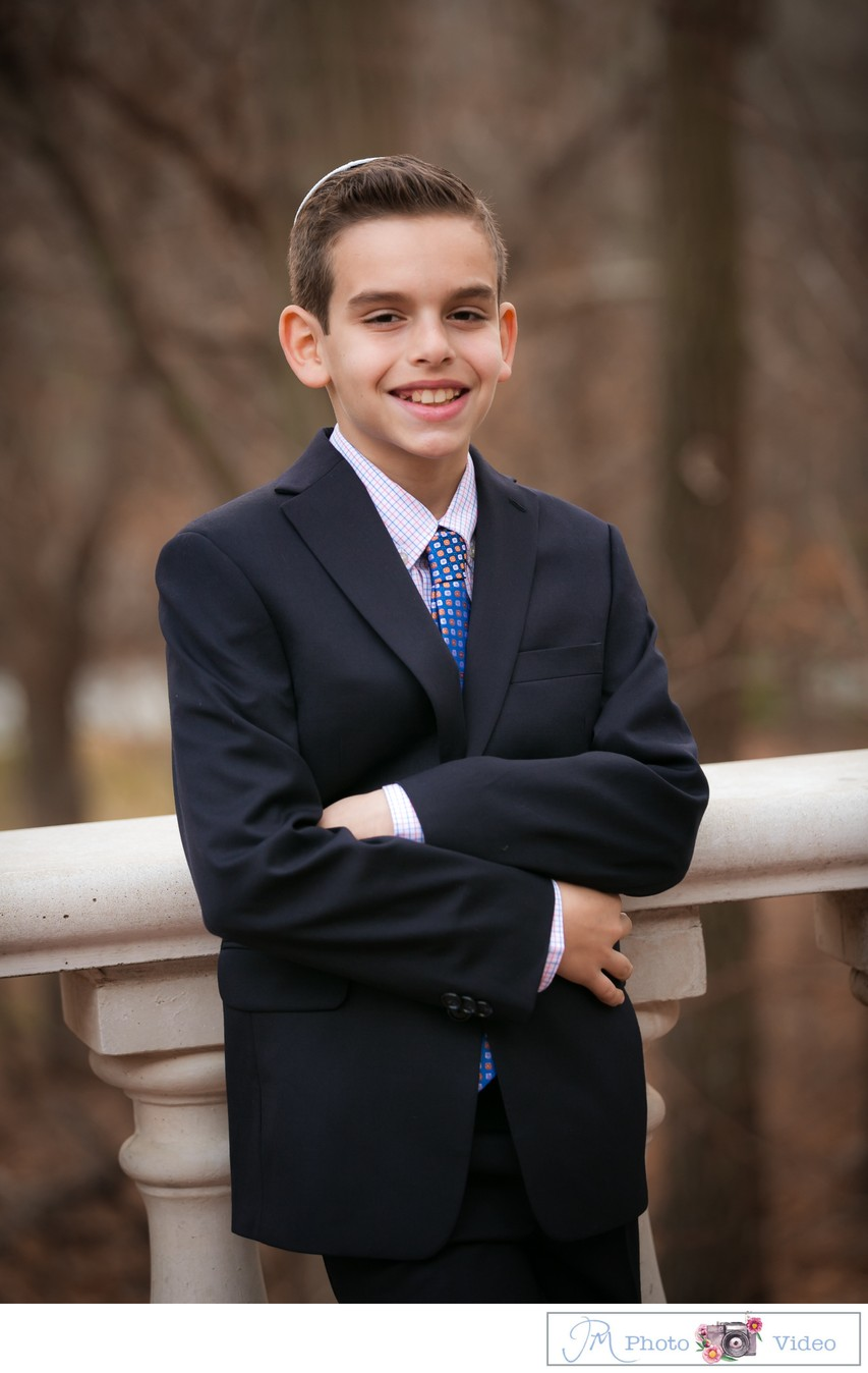 Temple Chaverim Bar Mitzvah portrait photographer