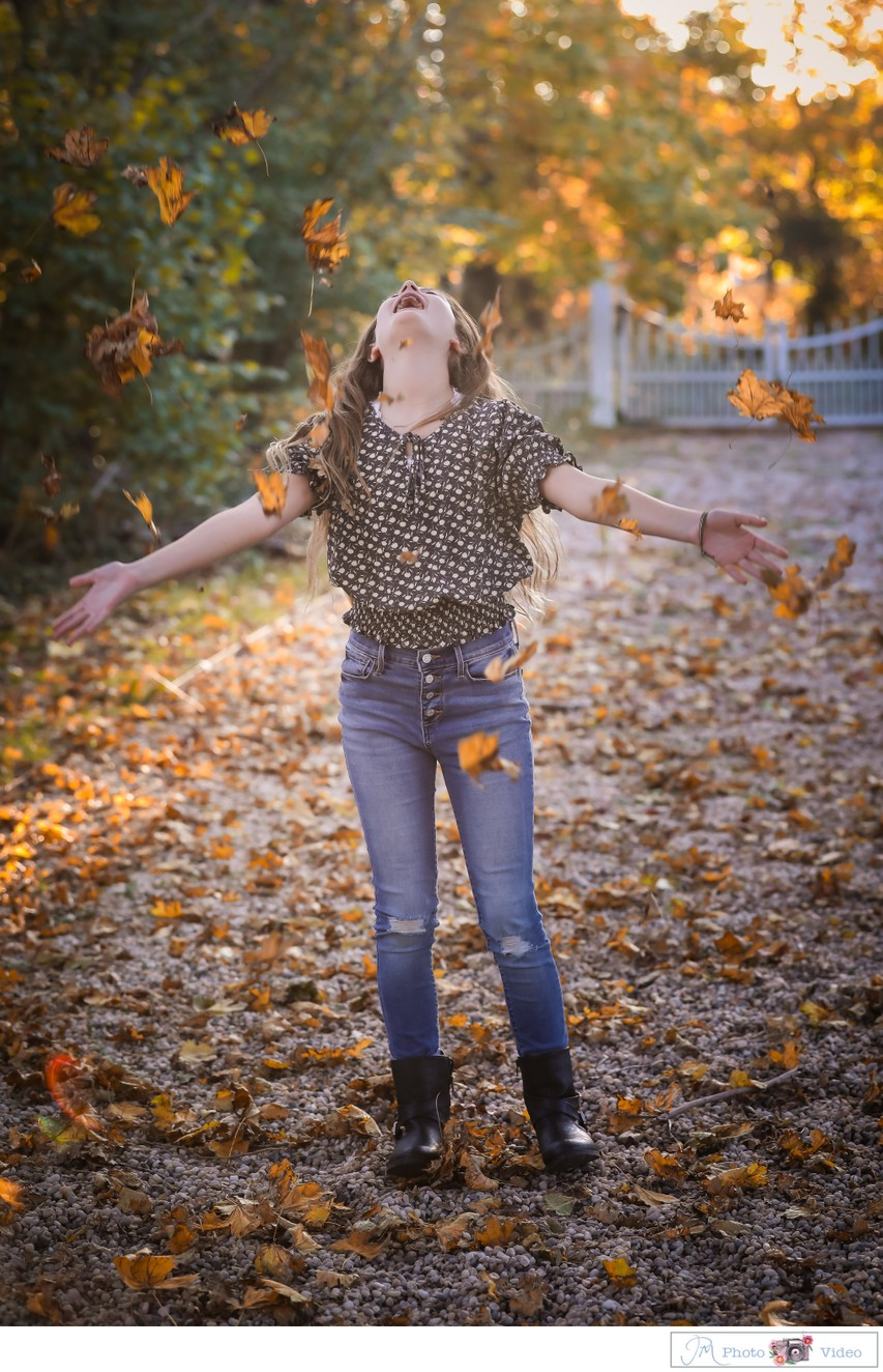 Best Long Island fall foliage family photography
