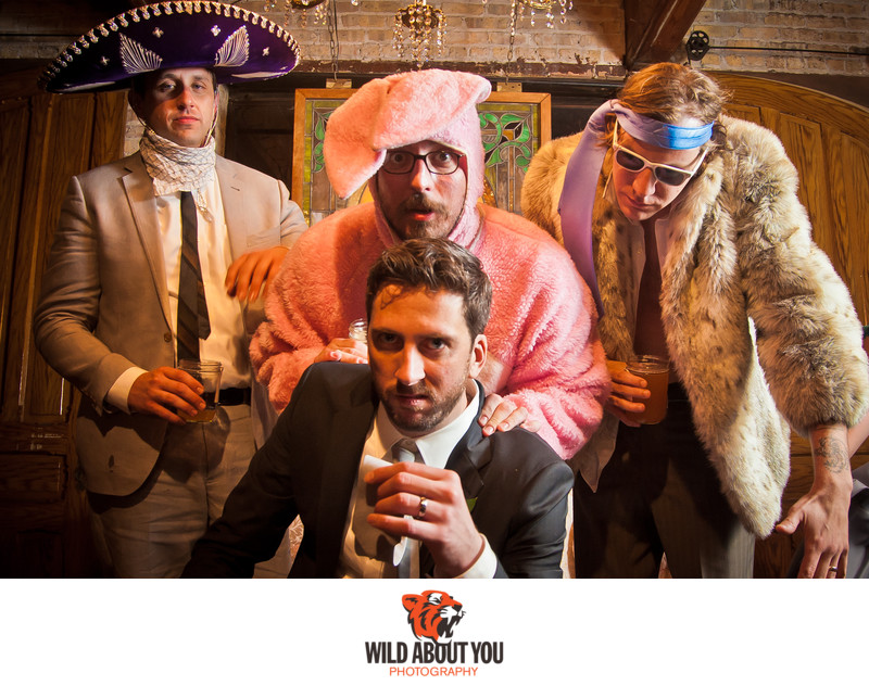offbeat chicago wedding photographer