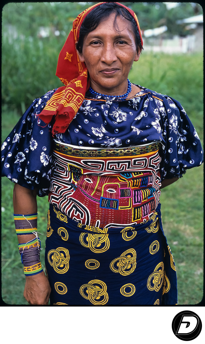 Panama Kuna Indigenous Woman  Portrait Photography