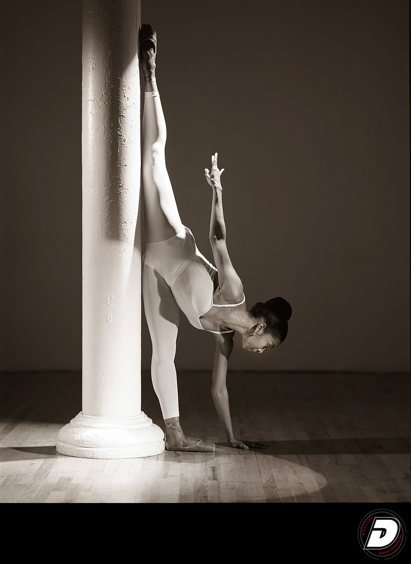 Pillar Ballet Dancer Photographer