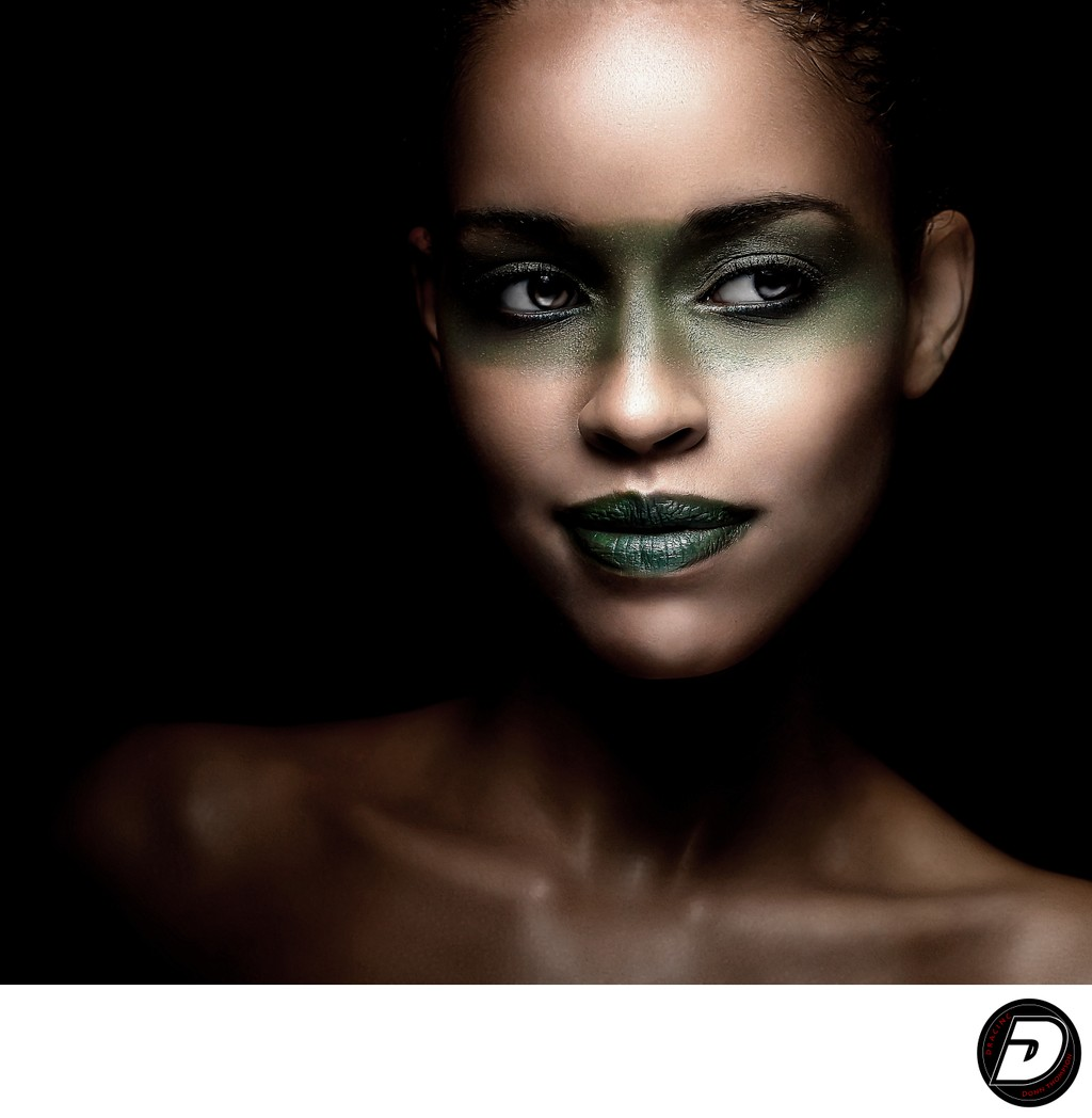 New York Beauty Photographer Green Eyes