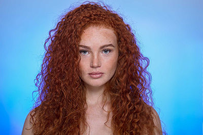 red-head-freckled-face-woman-new-york