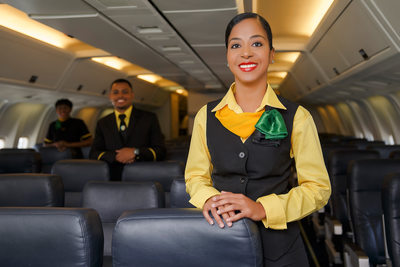 flight-attendant-plane-fly-jamaica-air-ways-dracinc
