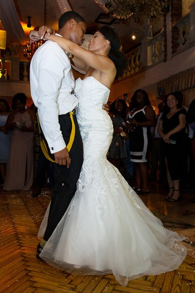 Woodhaven Manor First Dance Wedding