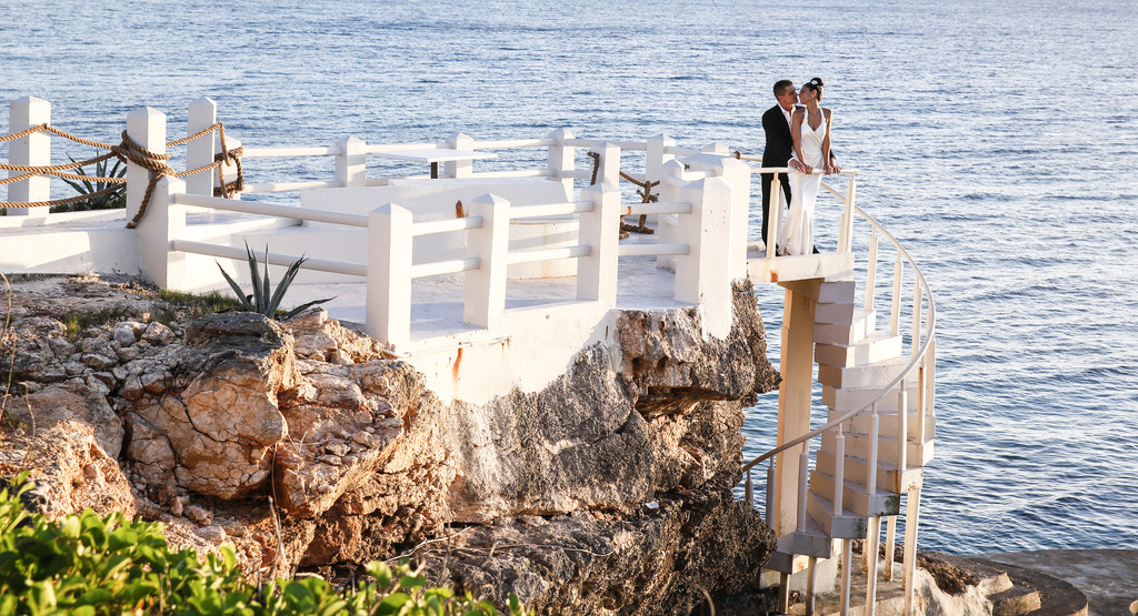 Top wedding photographer Viceroy Anguilla