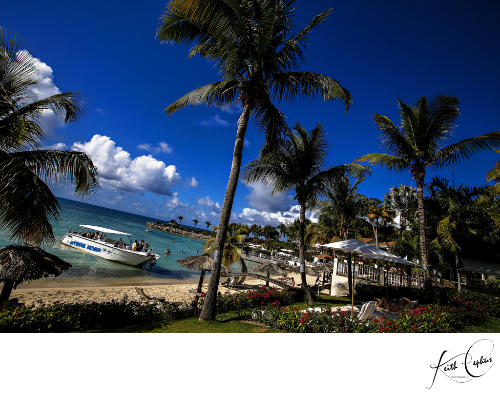 Atlantis Resort Nassua Bahamas destination wedding photographer