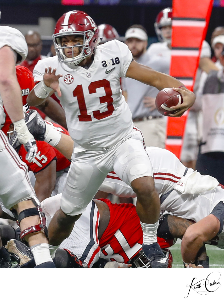 Tua Tagovailoa qb of Alabama Crimson Tide football