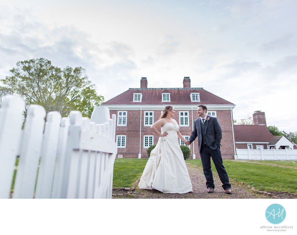 Wedding Pictures at Pennsbury Manor