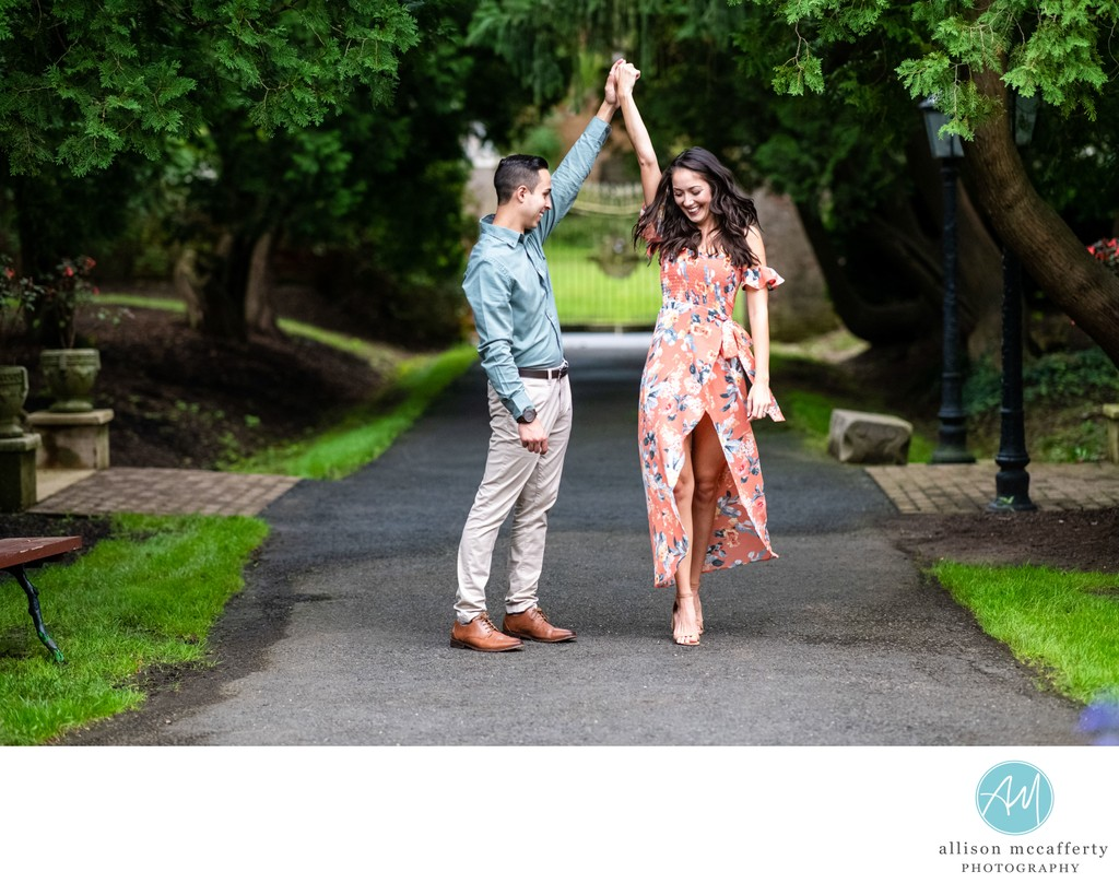 Smithville Mansion Engagement Photo