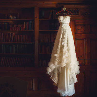 Pleasantdale Chateau wedding - wedding dress