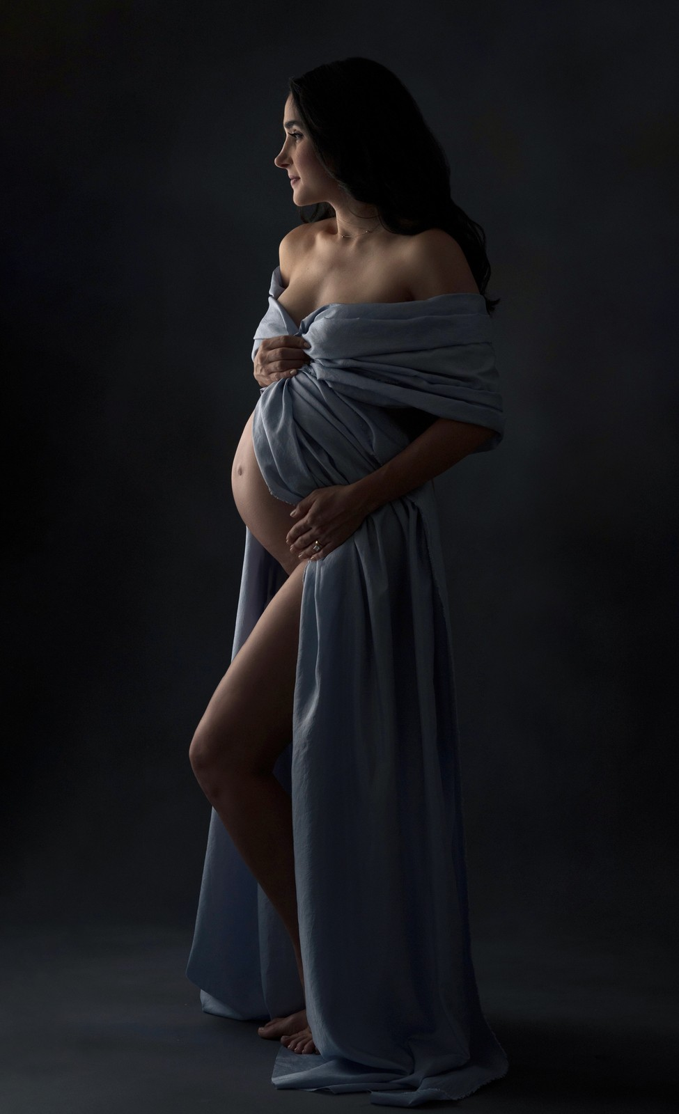 Dramatically Lit Maternity Photos