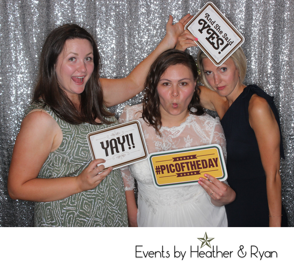Cost Of Photo Booth Rental For Seattle Wedding