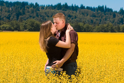 Snohomish Engagement Photograph in a field | Everett