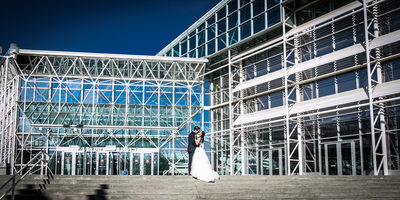 Wedding Photographs at Seattle Museum of Flight | Boeing