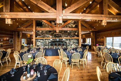 Wedding Photographs at Mountain Springs Lodge | Leavenworth