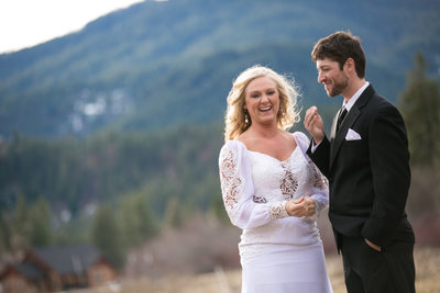 Wedding Photographer for Mountain Springs Lodge | Leavenworth